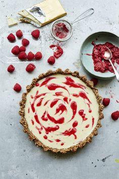 How to Make: White Chocolate, Cardamom and Raspberry Tart