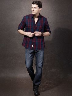 Roadster Navy Blue & Maroon Checked Casual Shirt