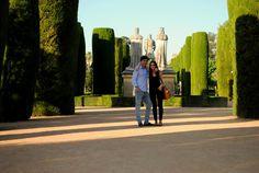 Córdoba I. Entre Laberintos Reales - Aun a 40º de temperatura y molestando hasta el reloj, Córdoba desprende tal riqueza cultural que se lo perdonas todo.  - http://www.wanderonworld.com/cordoba-i-entre-laberintos-reales/