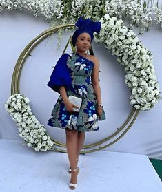 Hello Fashionista look this fabulous with this newest and amazing ankara short gown design down and check them. Beautiful ladies for more on ankara Latest Ankara Short Gown, Short African Dresses, Ankara Short Gown Styles, Short Gowns, Latest African Fashion Dresses, African Print Dresses, African Print Fashion, Nigerian Fashion, African Prints
