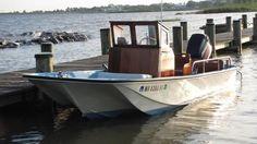 1968 Boston Whaler 17 Eastport (Fully Restored) Power Boat For Sale -