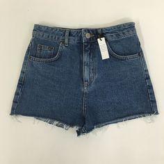 NWT Topshop denim shorts NWT! High waisted denim shorts. Perfect for summer coming! ☀️ Topshop Shorts Jean Shorts