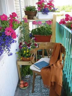 Beautiful ideas for decorating a small balcony. For similar pins please follow me at -https://www.pinterest.com/annelouise1959/locked-small-balcony/