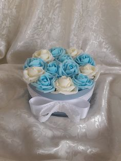 "Blanche Fleur - ""North Pole roses"""