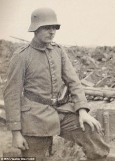 Walter Kleinfeldt, photographed on the Somme in 1916....