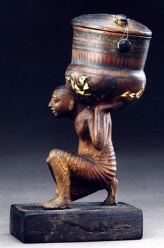 Unguent Container of Siamun, Ivory and Painted Wood, Height 14 cm Sheikh Abd el-Qurna, Tomb of Hatiay
