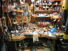 Jewelers bench BENTFORMS, via Flickr.  What heaven must look like!