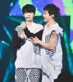 Xiuhan. Luhan with black hair is just............FREAKING ADORABLE!!!!!!!!!!!!!!!!!!!!