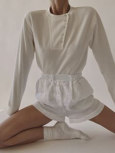 Minimal Fashion, White Fashion, Looks Style, My Style, Mode Inspiration, Fashion Outfits, Womens Fashion, Get Dressed, Dress To Impress