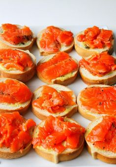 Gravlaks :: Cured Salmon  aka gravlax