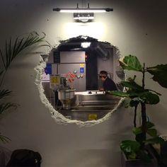 Home Decoration Online Shopping Cafe Interior Design, Interior Garden, Interior Architecture, Industrial Cafe, Industrial Interiors, Cafe Concept, Vintage Cafe, Coffee Shop Design, Decorating Blogs
