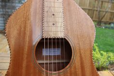 Weissenborn (2016) By Julien Lelievre Lutherie All solid mahogany // spalted maple Fretboard and bridge // Homemde rope bindings // French polish finish