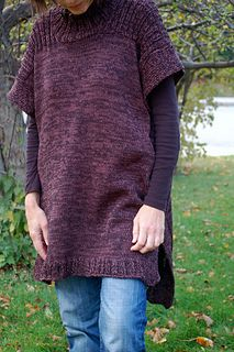 In Tune Tunic by Sue Peterson | Olio Knits | $7 in dk at 5 sts/in
