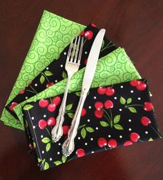 Cotton Cloth Napkins in Cherry and Green Prints by CarrotCreations, $8.00