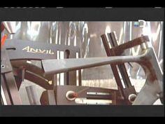 Como é fabricado um quadro de bicicleta em fibra de carbono? - YouTube