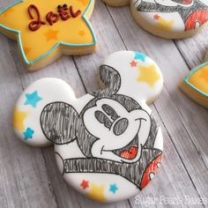 Super Cupcakes Decoration Ideas For Kids Ideas Mickey And Minnie Cake, Minnie Mouse Cookies, Disney Cookies, Mickey Cakes, Mickey Party, Cookies For Kids, Fancy Cookies, Cute Cookies, Cupcake Cookies