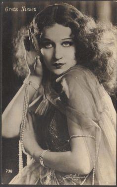 Red Poulaine's Musings: Greta Nissen, Silent Film Star, wears matching pearl slave bracelets, circa 1920s