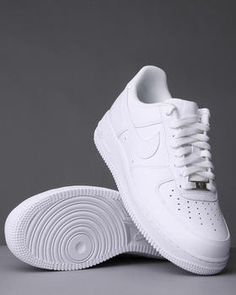 Nike - Air Force One trainers - The only trainers I will wear, so comfortable. MY SHOES! Air Force One Trainers, Nike Air Force Ones, Air Force Shoes, Nike Outlet, Cute Shoes, Me Too Shoes, Mode Cool, Fashion Mode, Fashion Outfits