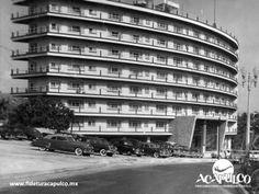 #acapulcoeneltiempo El hotel Club de Pesca en Acapulco y su demolición. ACAPULCO EN EL TIEMPO. Uno de los hoteles más prestigiosos y sofisticados de Acapulco, sin duda fue el Hotel Club de Pesca, donde se hospedaron varios políticos del ámbito nacional como internacional y el cual fue demolido a finales de la década de los años 80, ocupando su lugar en la actualidad un lujoso complejo residencial. Visita la página oficial de Fidetur Acapulco, para obtener más información.