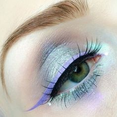 Living for this eye look!  @beautsoup used 'Divine' from #Venus + Liquid Liner in 'Lunar Sea' #LimeCrime