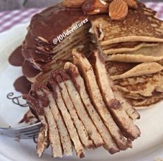 Ripped Recipes - Peanut Butter Crepes - These crepes are incredibly easy to make and incredibly tasty. Made with 6 ingredients and in less than 10 minutes! Doesn't get much better than that! Protein Recipes, Protein Foods, Bulking Meals, Ripped Recipes, Mille Crepe, Breakfast Cake, 2 Eggs, Golden Brown, Healthy Baking