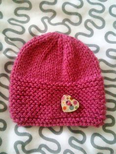 I love this little hat - and I hope you do too!
