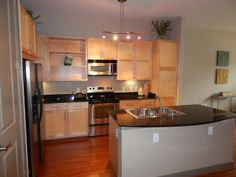 How great is this kitchen?? More photos at www.Uptown101.com! #3636MckinneyApartments #UptownDallasApartments
