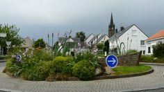 Rond-point près du cimetière - Saint-André-des-Eaux (22 - Côtes d'Armor)