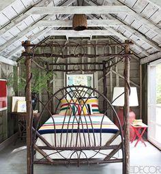 rustic bedroom with Hudson Bay blanket bedding.LIKE the bed! Willow Furniture, Rustic Furniture, Hudson Bay Blanket, Tree Bed, Rustic Bedding, Rustic Bedrooms, Modern Bedroom, Le Far West, Home Bedroom