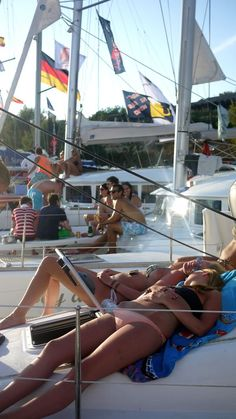 I seriously HATE my life over this - The Londoner: Yacht Week, Croatia : Day Five