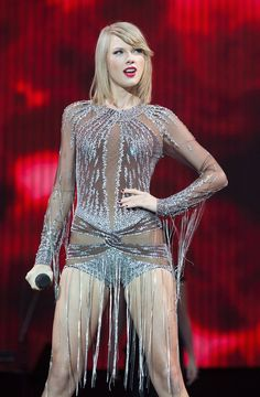 Taylor Swift – Performing at BBC Radio Big Weekend in London Estilo Taylor Swift, Taylor Swift Concert, All About Taylor Swift, Taylor Swift Outfits, Taylor Swift Hot, Live Taylor, Taylor Swift Style, Swift 3, One & Only