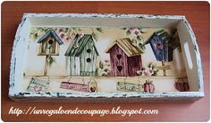 UN REGALO EN DECOUPAGE: BANDEJAS DECAPADAS CON DECOUPAGE Decoupage Wood, Napkin Decoupage, Decoupage Furniture, Decor Crafts, Wood Crafts, Diy And Crafts, Paper Crafts, Painted Trays, Pintura Country