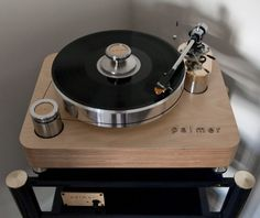 Palmer turntable