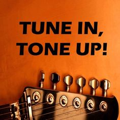 Guitar Lesson 16c: Using the Les Paul's controls to produce a twangy, bright and chimey sound by Guitar Lessons with Tune in, Tone up! on SoundCloud