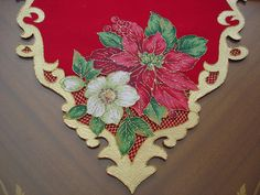 Christmas 2017, Christmas Projects, Xmas, Brother Innovis, Christmas Decorations, Holiday Decor, Cutwork, Table Runners, Decoupage