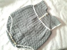 ****ABREME**** Pelele o enterizo a crochet tejido con perle o lana de verano con un ganchillo del n 3 la talla es de 6 a 12 meses si lo quieres hacer mas peq.