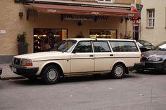 Volvo 240 Munich Taxi