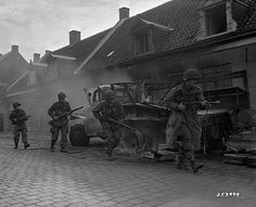 Paratroopers during Operation Market Garden