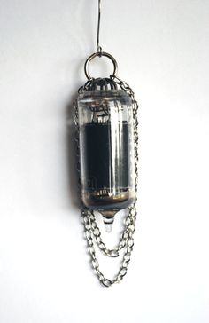 Vacuum Tube Earrings - My Lady In Chains - Elegance