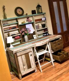 Pallet Shelves Projects Antique Pallets Wood Desk With Shelves Pallet Desk, Wooden Pallet Furniture, Pallet Shelves, Wood Desk, Wooden Pallets, Diy Furniture, Pallet Tables, Pallet Wood, Wood Wood