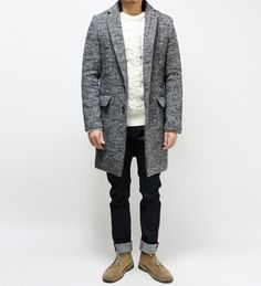 Urban Style, Tweed 'Slouch' Coat, Black Jeans, and Taupe Desert Boots. Men's Fall Winter Fashion.