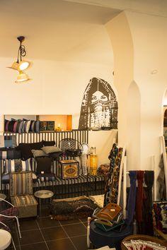 Max&Jan concept store présente le magnifique show du Maroc au cœur de la médina de Marrakech. . . #Max&Jan #Conceptstore #Marrakech #Decor #Vintage #Conceptstoremarrakech Decor Vintage, Stores, Marrakech, Decoration, African, Concept, Unique, Collection, Home Decor