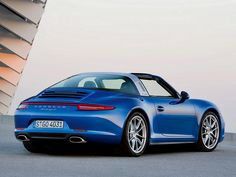 Porsche has pulled the covers back on its two newest 911 models. The new cars include the Porsche 911 Targa 4 and Targa Unlike the Targa cars of the past, the driver doesn't have to manua… Porsche 911 Targa 4s, Porsche 911 Models, Porsche Cars, Top Sports Cars, Detroit Motors, Ferdinand Porsche, Vintage Porsche, Hot Cars, Sexy Cars