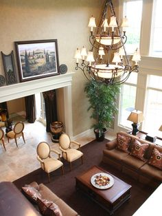 Creating Traditional Home Interior with These Great Ideas : Traditional Living Room Great Chandelier New Albany Tidewater