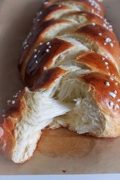 Sweet Buns, Sweet Pie, Greek Desserts, Greek Recipes, Easter Projects, Easter Recipes, Banana Bread, Sweet Tooth, Deserts