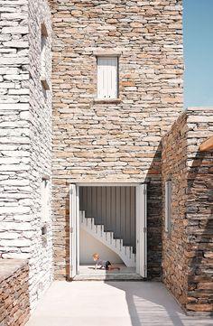 Rocksplit/Cometa Architects