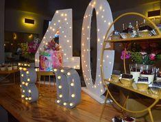 """11 Me gusta, 1 comentarios - Maria del Pilar Núñez Vega (@poshdecobox) en Instagram: """"Una hermosa torta, panacotta de frutos rojos y ganache de chocolate! PH: @wsayala Torta:…"""" Baby Shower, Ph, Vanity, Mirror, Furniture, Instagram, Home Decor, Sweetie Belle, Events"""