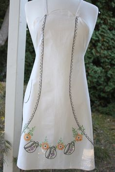 Vintage 1940s Tea Cup Embroidered Apron by CoffeeKlatch on Etsy, $18.00