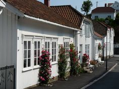Risør  Kristiansand, White City, When Us, Small Towns, Summer Time, Norway, Countries, Life Is Good, Coast