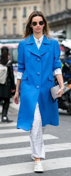 Spring / Summer Paris Fashion Week street style inspiration: pajama pants, converse and a blue trench make for the ultimate cool-girl relaxed combination